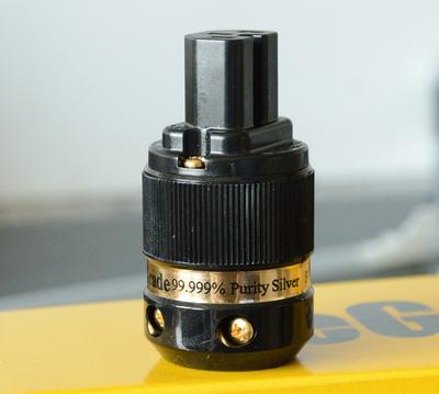 Сетевой коннектор iEgo Power, Ti2000(G) 8095BK-Ag